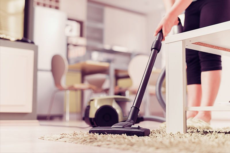 Cleaning Carpet With Vaccum
